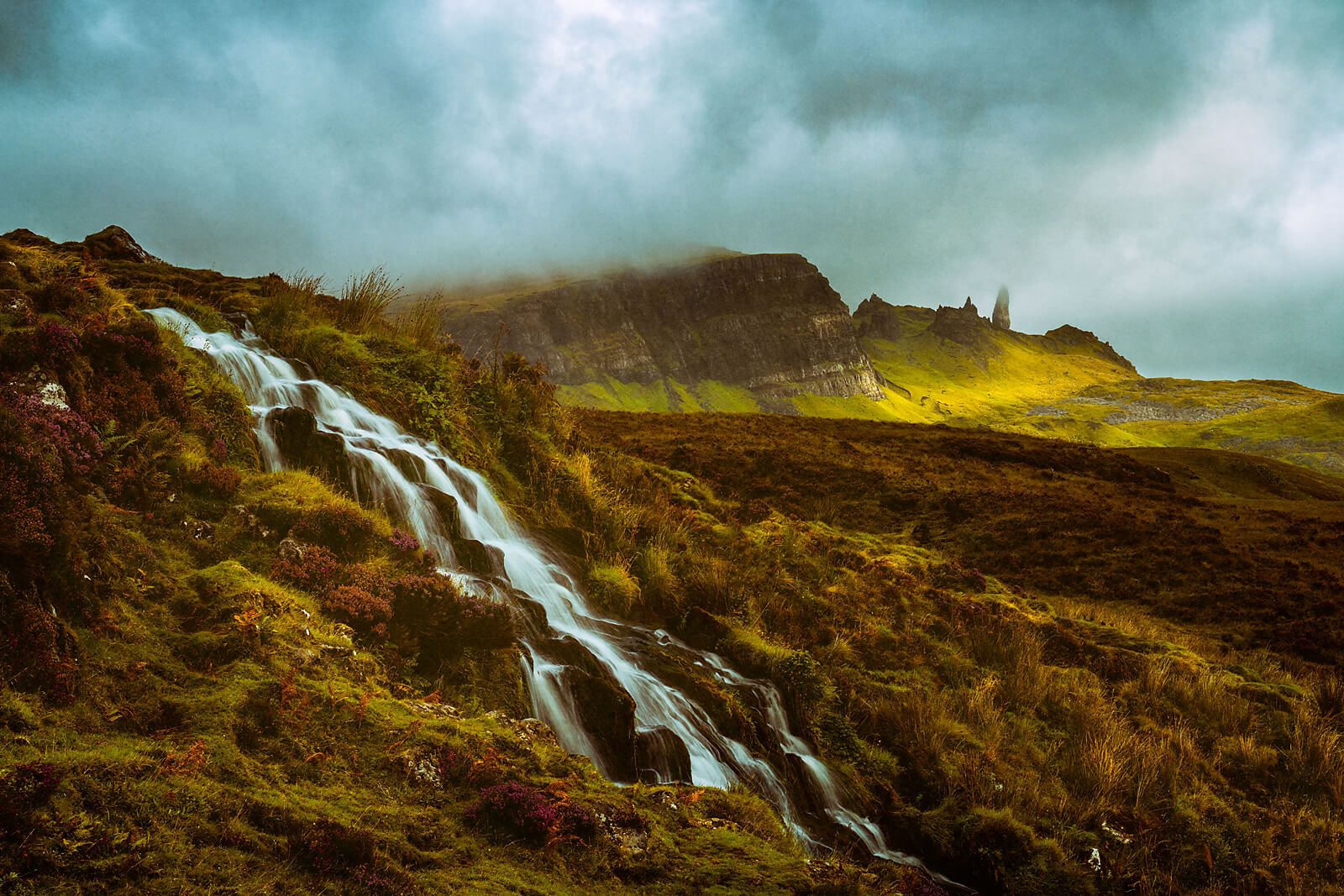 Bride's Veil and view on Storr
